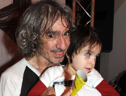 LOUIS BERTIGNAC et Lola « Bébés de stars